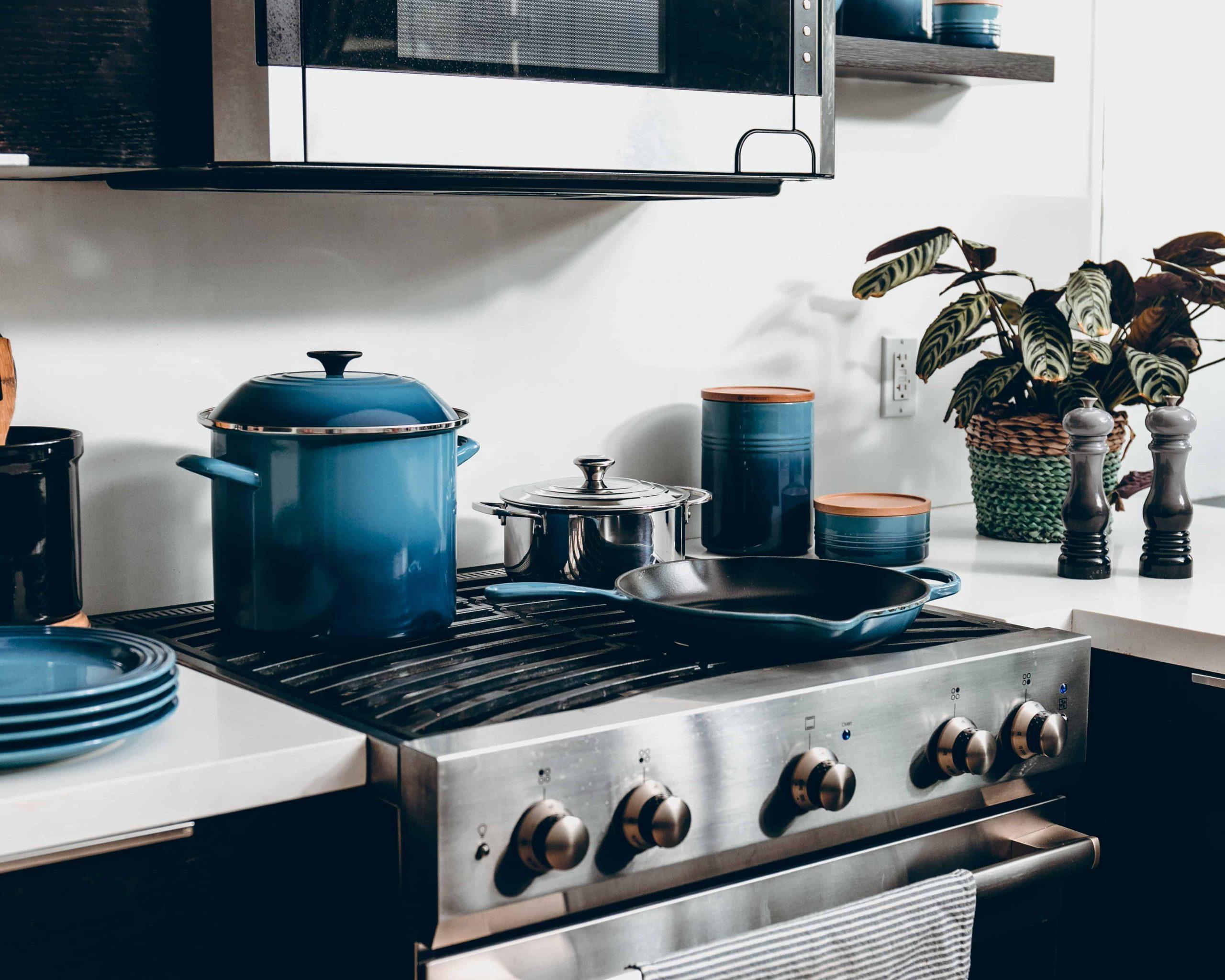 Ofen reinigen: Die besten Hausmittel und Tipps
